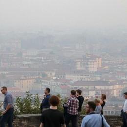 A Bergamo ancora inquinamento  Scattano le limitazioni anti-smog