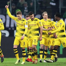 Come sta il Borussia? «Balla» in difesa Ma vince contro il Moenchengladbach