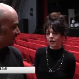 Creberg Teatro, Laura Morante è Mira Una  «Locandiera» che sa di noir