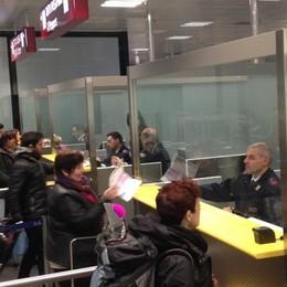 Nome sul passaporto già usato 19 volte 25enne arrestato all'aeroporto