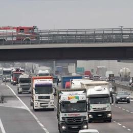 Incidente in autostrada a Seriate Scontro tra auto, quattro i feriti