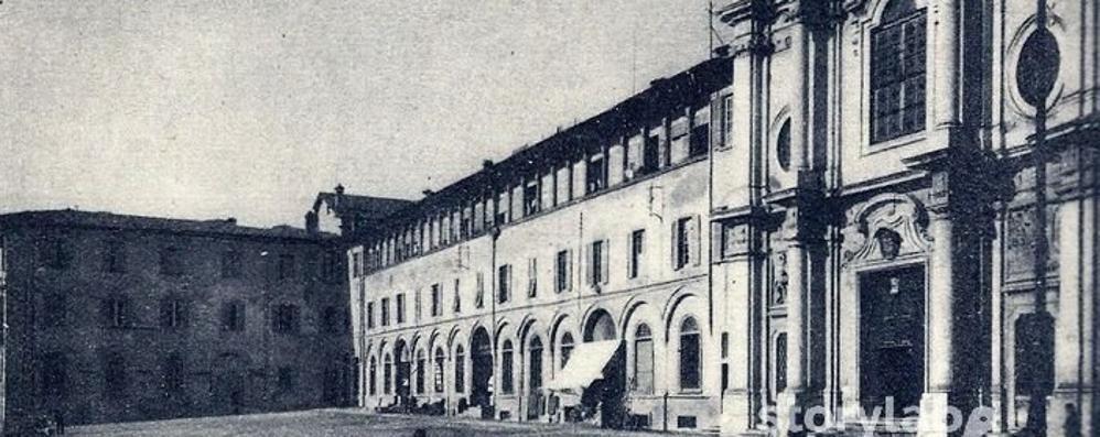L'ospedale in centro città e la sua storia lunga 500 anni