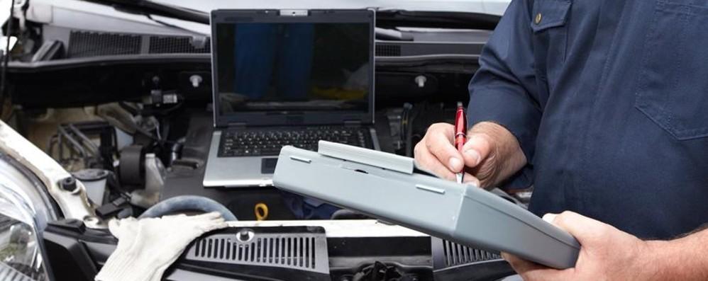 Revisionare l'auto con la nuova legge Tutto quello che c'è da sapere