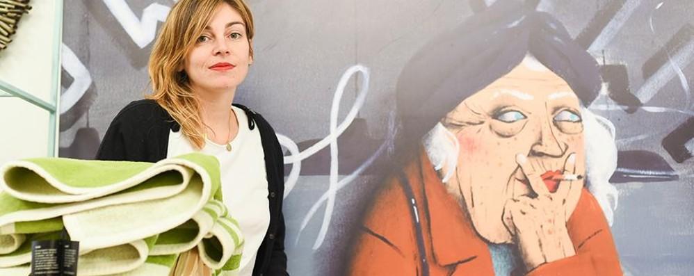 In negozio e in azienda - Le foto Trenta scatti di donne al lavoro in mostra