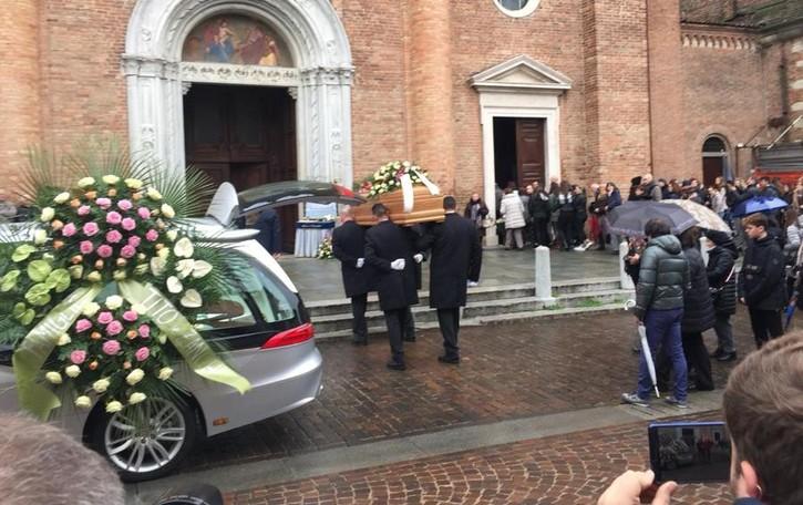 Caravaggio piange Pierangela Tadini Addio alla 50enne morta a Pioltello