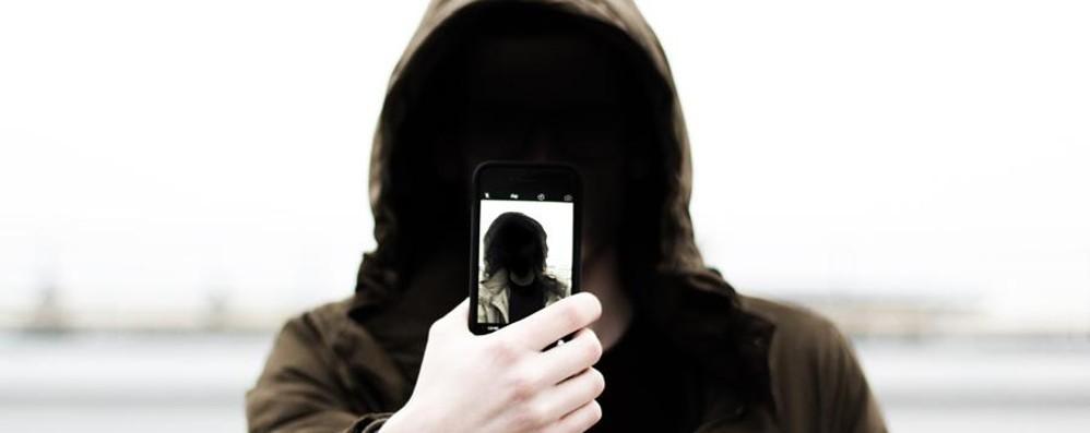 L'Italia si mobilita contro il cyberbullismo L'urlo degli studenti bergamaschi - Video