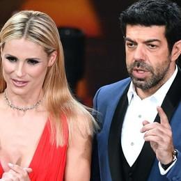 Sanremo, Baudo e la storia della tv - Foto Michelle balla Despacito con Favino