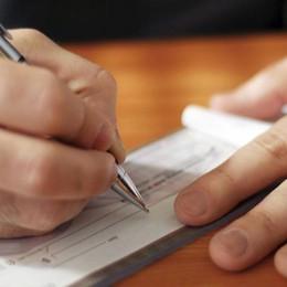 Pagano con assegno non trasferibile Multa da 6000 euro ai volontari