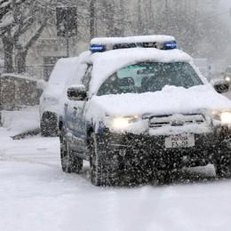 Bergamo, Prefettura su emergenza neve «Limitate al minimo l'utilizzo dell'auto»