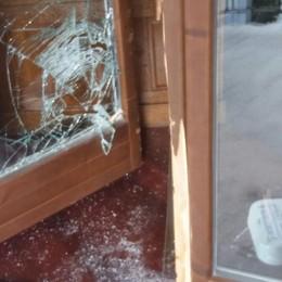 Urgnano, ladro bloccato sul balcone Ma dopo la denuncia ritorna libero