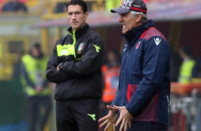 Bologna's head coach Roberto Donadoni