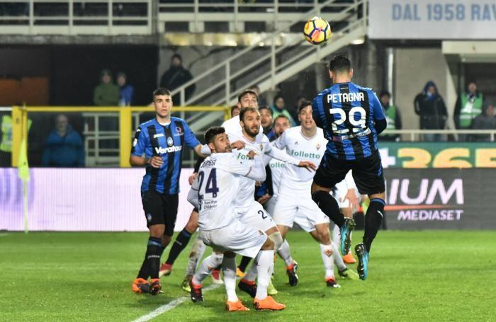 Serie A TIM 2017-18 giornata 25 atalanta - fiorentina occasione petagna andrea