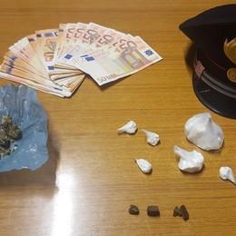 Spacciano droga in via Broseta In casa dosi e 1.800 euro in contanti