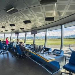 Controllori di volo in sciopero a Orio Aeroporto, garantiti voli indispensabili
