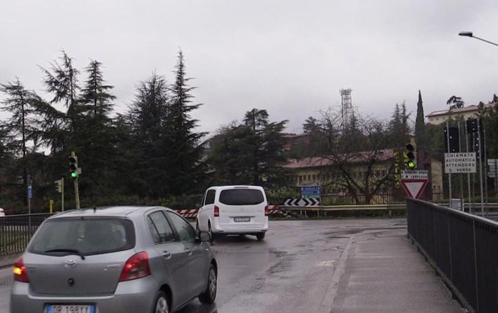 In Val Cavallina il semaforo col radar L'obiettivo è tagliare le code