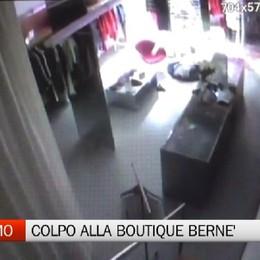Colpo alla boutique Bernè, razziati abiti di lusso