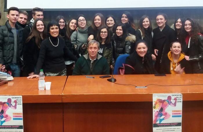 Donati e quarte classi liceo don Milani Romano