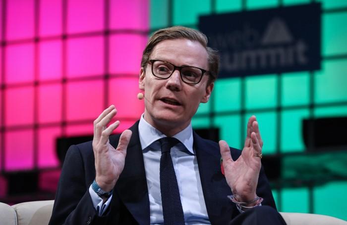 Il CEO di Cambridge Analytica Alexander Nix