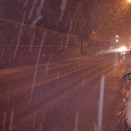 Forte nevicata nelle valli bergamasche  La primavera è ancora lontana
