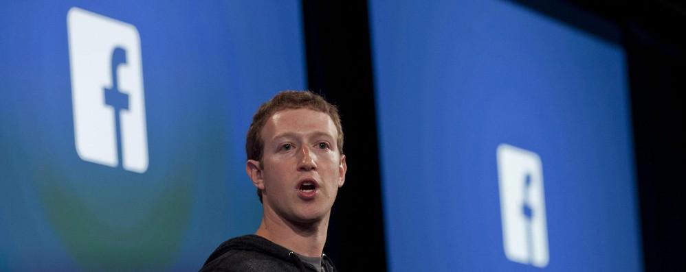 Facebook: Tajani convoca Zuckerberg al Parlamento europeo