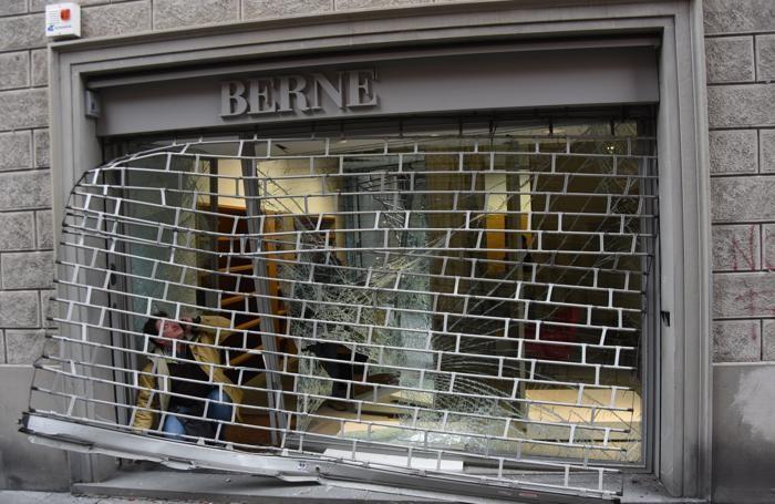 Il negozio Bernè si trova in via Borfuro, a pochi passi dal Tribunale