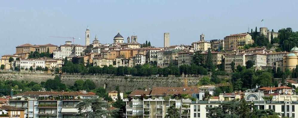 Sole su Bergamo, ma ancora freddo Migliora a Pasqua? La tendenza meteo