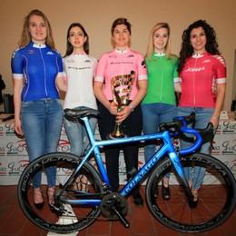 Claudia Cretti veste la maglia rosa-Video La paura, il coma e il ritorno alla vita