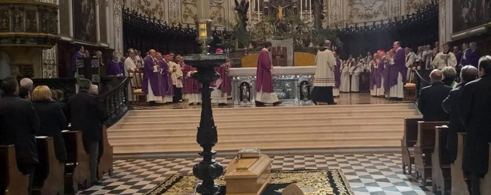 «Nella sua vita riconoscenza e speranza»  In Cattedrale i funerali di mons. Belotti
