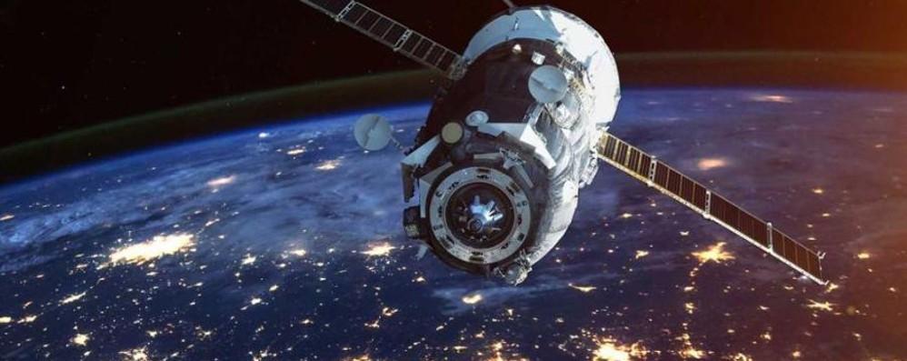 Stazione spaziale cinese in caduta libera «Possibili frammenti anche sull'Italia»