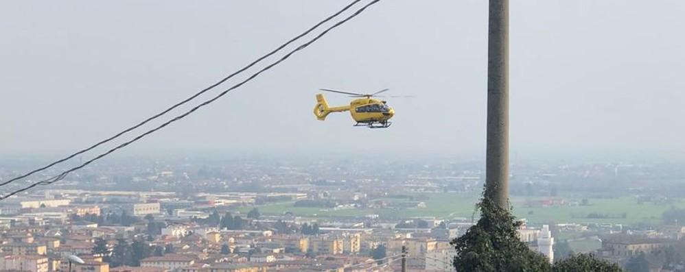 Auto contro moto a Grumello Grave 16enne all'ospedale di Bergamo
