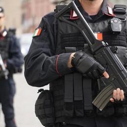Blitz anti terrorismo, perquisita  la casa   di un bergamasco convertito all'Islam