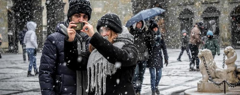 Fiocchi di neve sulla città e in provincia Weekend delle elezioni con il maltempo