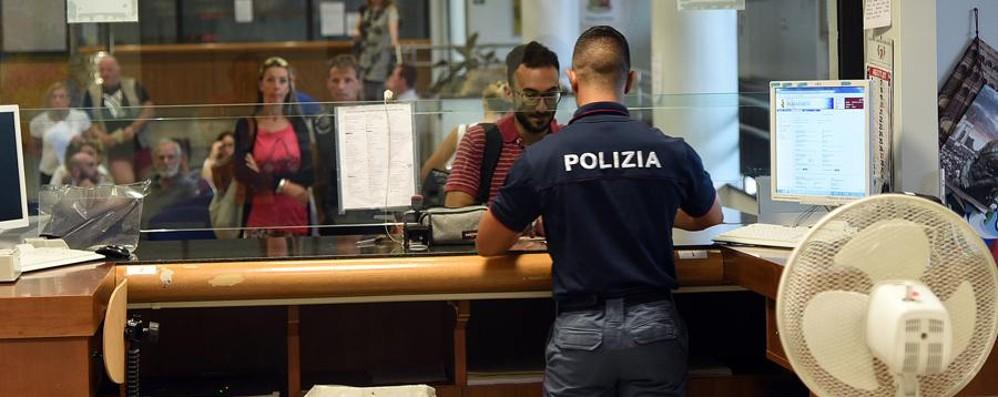 Passaporti, prenotazioni a rilento «Problema tecnico, ora risolto»