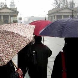 Marzo si conferma «capriccioso» Piogge a singhiozzo, ma il freddo cede