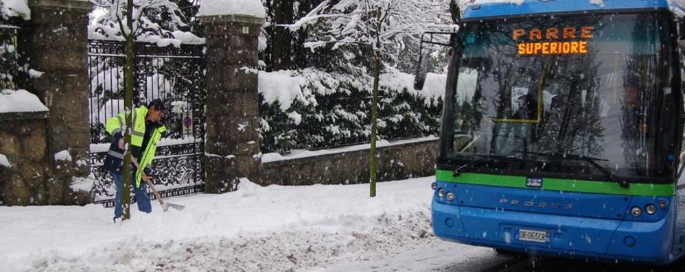 Presolana, scolaresche in gita Rientro con brivido sui bus al Passo