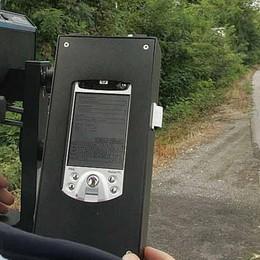 Andate piano in via Autostrada Controlli dei vigili con i telelaser