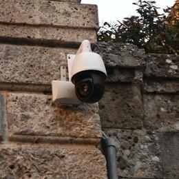 Centro più sicuro con  nuove telecamere Dopo due anni via ai lavori