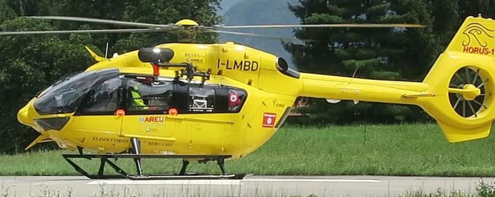 12enne scivola e finisce nel canale  Dalla Valtellina in elicottero a Bergamo