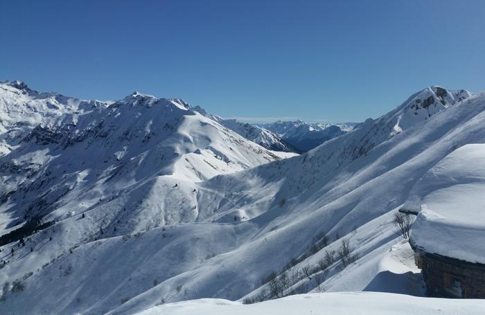 Pasquetta sugli sci per Luca. Lo scatto è dal rifugio Mirtillo di Lizzola