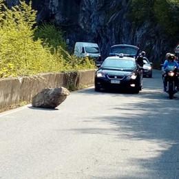 Masso sulla litoranea, riapre la strada E domenica si corre la Sarnico-Lovere