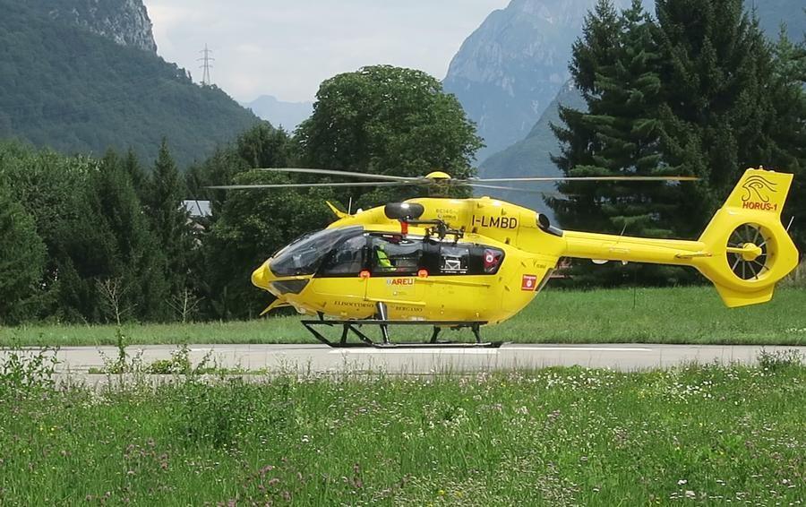 Tragedia a Vilminore, muore 77enne Cade dal tetto mentre sistema l'antenna