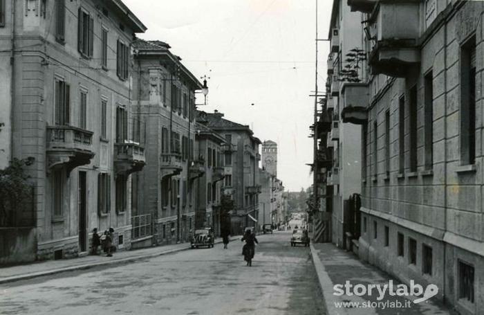 Antico e moderno in via locatelli una passeggiata dal 1954 for Mercatini bergamo e provincia oggi
