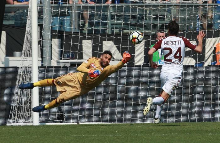 Torino's goalkeeper Salvatore Sirigu