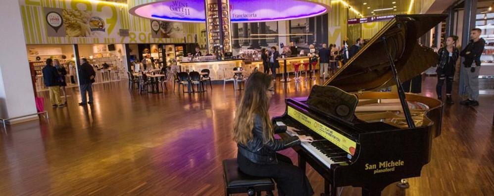 Torna «Pianocity» per le vie di Bergamo