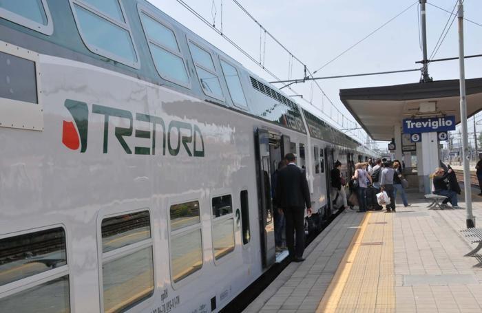 vivalto trenord alla stazione di Treviglio