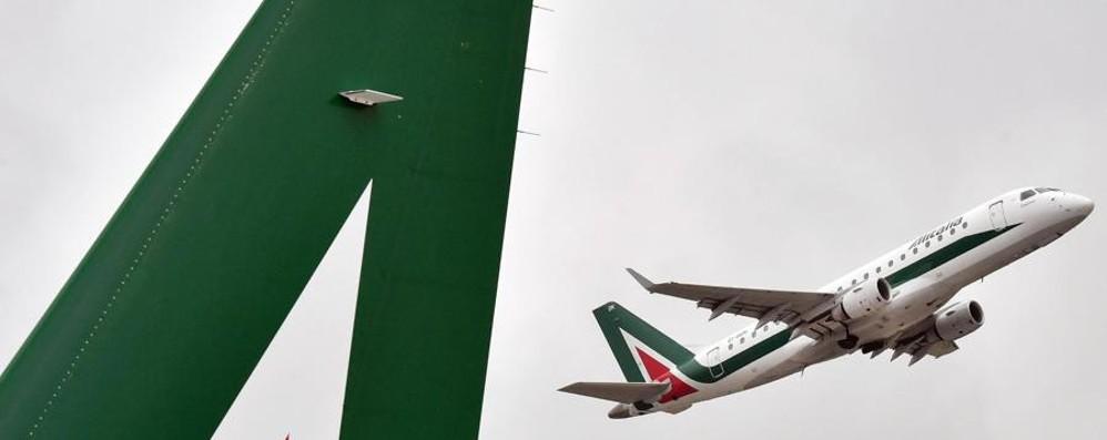 Alitalia, volano anche i prestiti