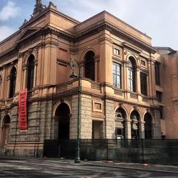 Donizetti, primo imprevisto al cantiere Chiesta una variante al restauro
