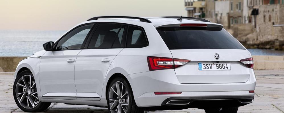 Škoda Superb  punta sulla sicurezza