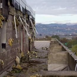 «Ancora un triste spettacolo» Brumotti torna al Centro Servizi - Video