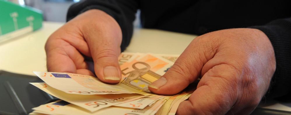 Bruxelles propone pagamenti in euro meno costosi in tutta Ue